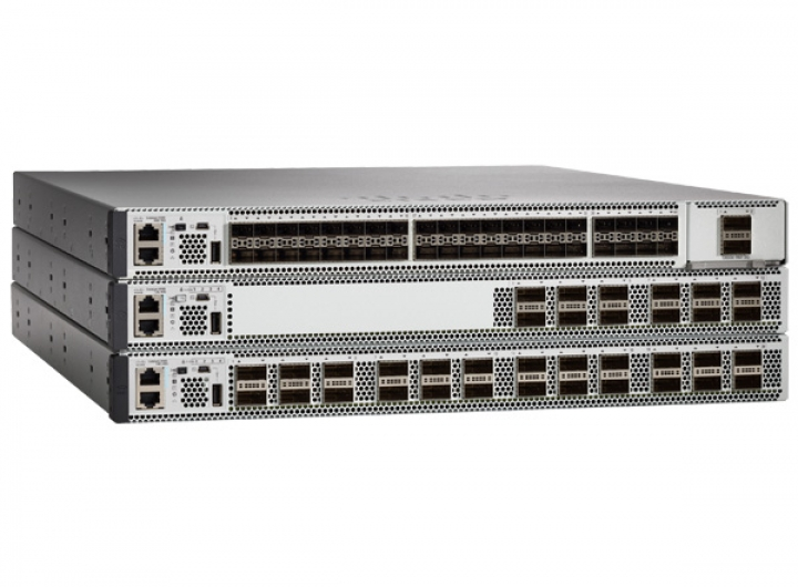 Cisco Switch C9500-48Y4C-E Catalyst 9500 Series high performance 48-port 25G switch, NW Ess. License